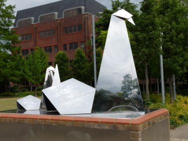 Staines swans sculpture